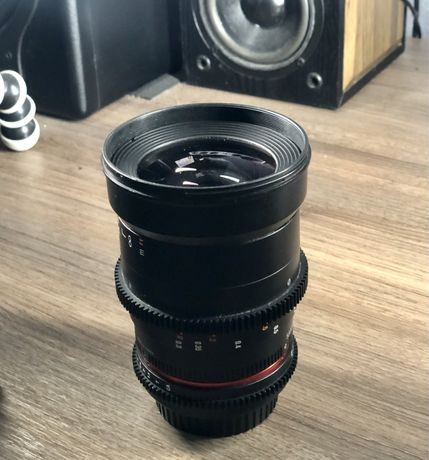 Samyang 35 mm t 1.5(байонет Canon)