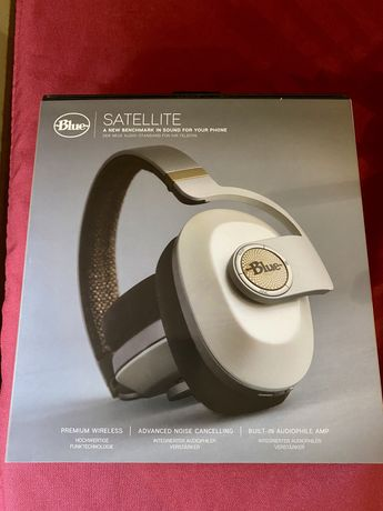 Headphones bluetooth premium Blue satellite