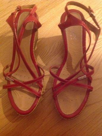 Sandálias Geox n 39 baixa de preço