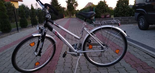 Rower damka trekingowy BLACKSHOX koła 28 rama aluminiowa