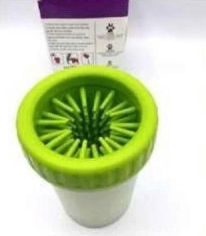 Лапомойка для средних пород собак Soft gentle silicone bristles (15см)