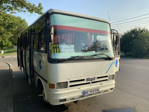 Пассажирский автобус  IVECO