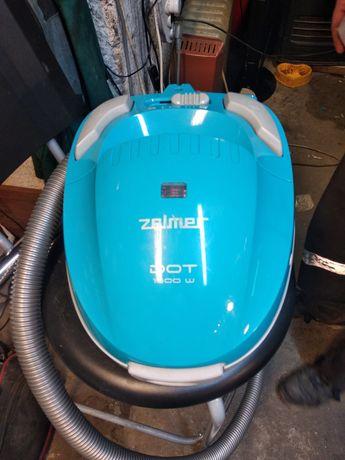 Odkurzacz Zelmer 1500 watt , jak nówka .