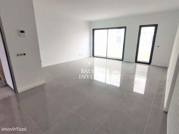 Apartamento T2 NOVO com 102m2 e Estacionamento em ALMANCIL (2.Dt_E)