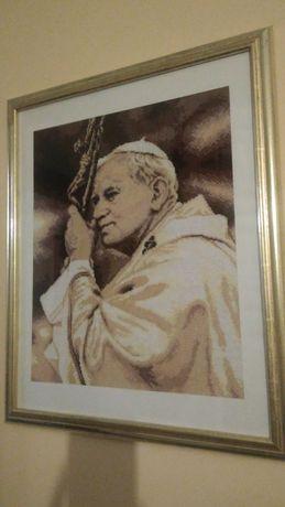 Obraz prezent papież Jan Paweł II haft krzyżykowy rękodzieło