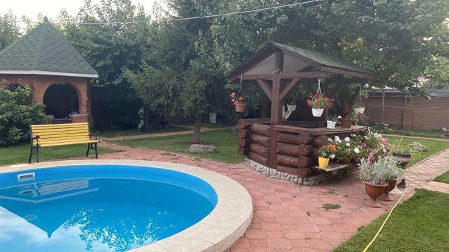 Сдам дом с бассейном