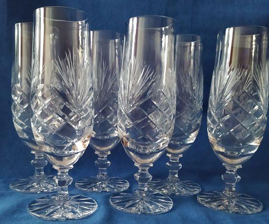 Kieliszki kryształowe do szampana, pomysł na prezent