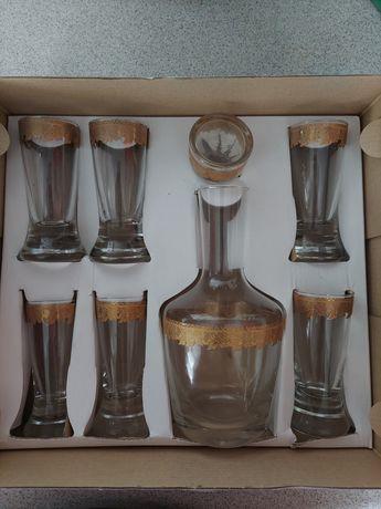 Набор водочный: графин и 6 стопок