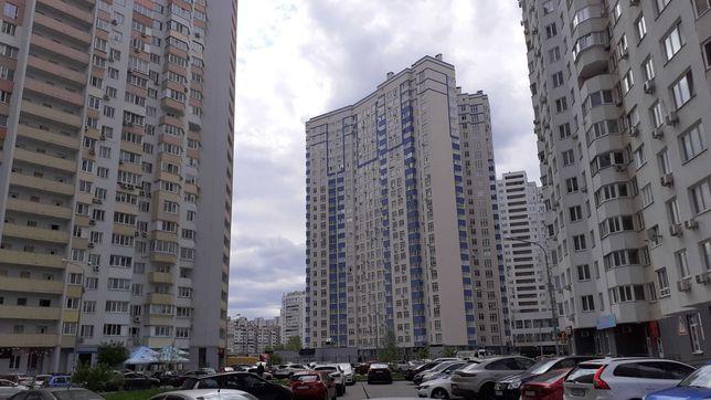 Продаж комерційного приміщення в сучасному новому будинку вул.Пчілки 7