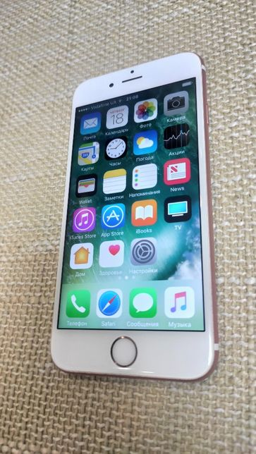 Apple iPhone 6s Rose Gold 64GB (Как новый)