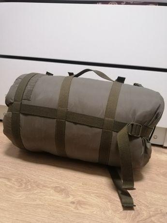 Спальный мешок подоидет для зимнего отдыха