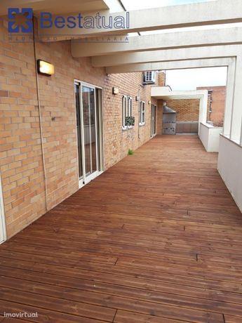 T 3 Recuado - 3 Suites- Junto  Centro Famalicão