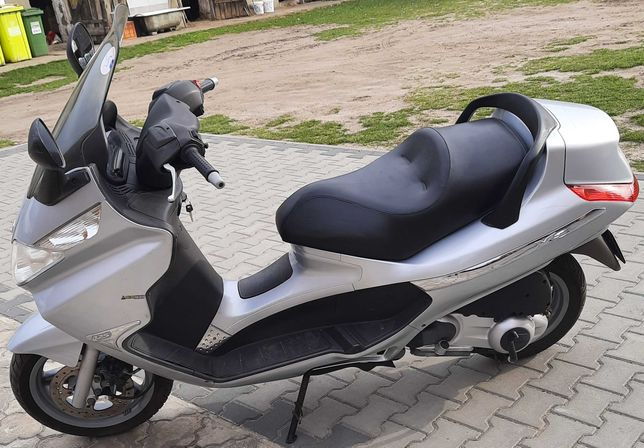 Sprzedam skuter Piaggio x8