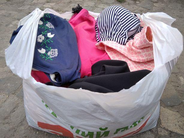 Отдам пакет Хс-С шорты платье юбка купальник штаны куртка свитер блузк
