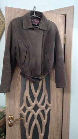 """Куртка женская кожаная ,короткая, коричневая """"нубук"""""""