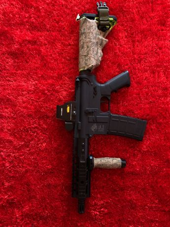 Arma de airsoft m4