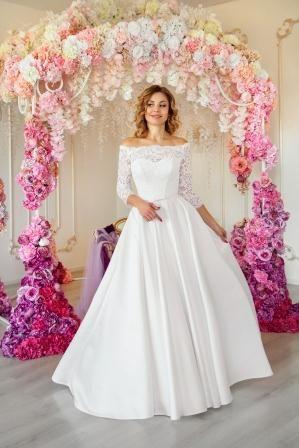 Свадебное платье. Новое. Ажурная классика.