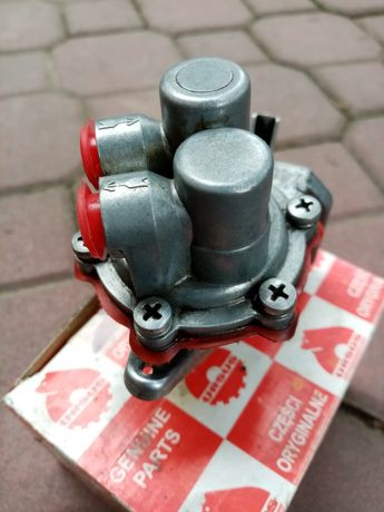 Pompka paliwa mf255
