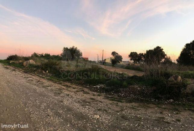 Terreno Rústico, oportunidade de negócio em Zona Residencial - Alcabideche/Manique de Baixo