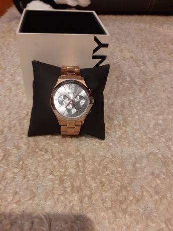 DKNY PARS zegarek chronograficzny
