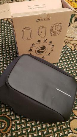 Antykradzieżowy plecak XDDESIGN