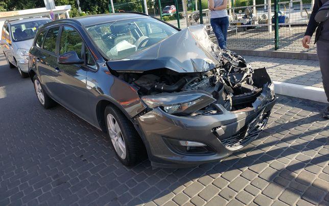 Opel Astra J SPORT TURER 2015р.