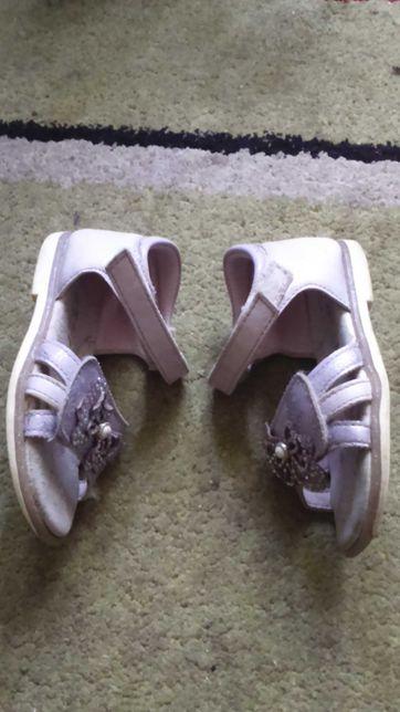 Босоножки сандалики