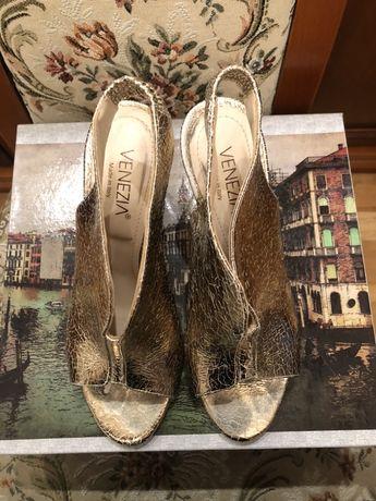 Złote sandały Venezia r. 40