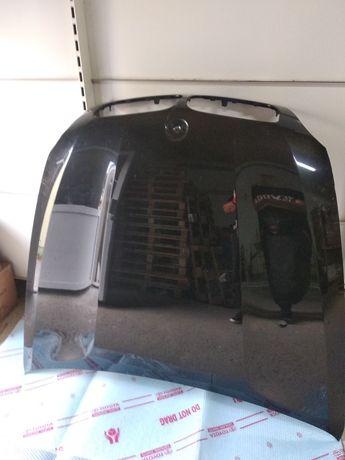 BMW X6 maska przednia