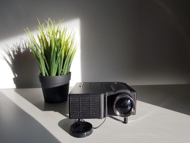 Projektor/rzutnik LED