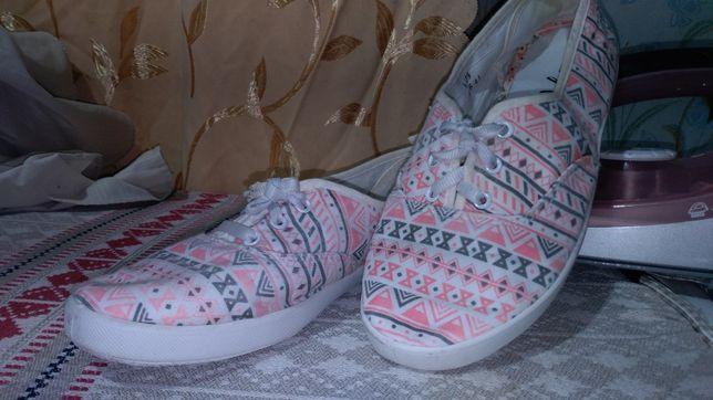 Летняя обувь 38-39