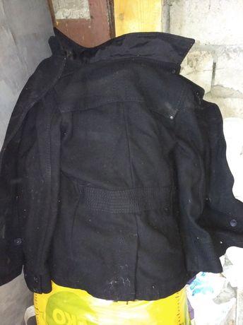 Продам чёрное мужское полупальпо пиджак H&M