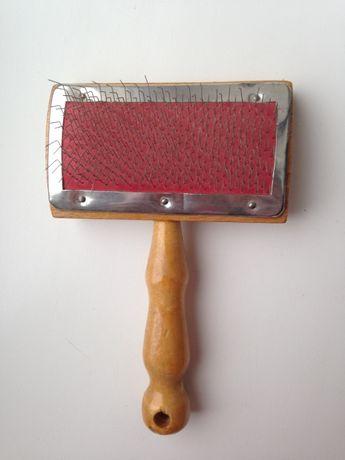 Пуходерка щетка для вычесывания шерсти