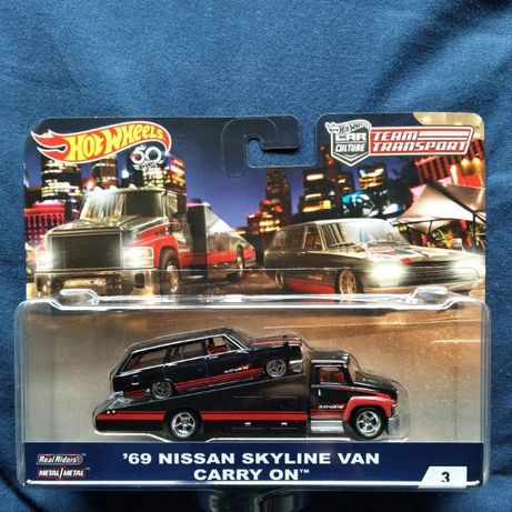 Hot wheels teAm Transporter  nissan skyline van 69
