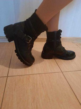 Sprzedam buty zimowe marki CCC