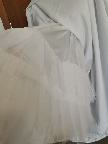 Halka pod sukienkę  158