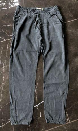 ATTRATTIVO spodnie luźne oversize rozm. XS 34 stan BDB