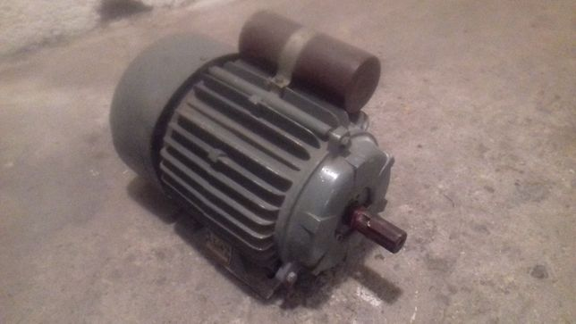 silnik wiefamel poznań S Fe 90-L4