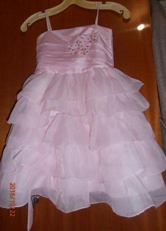 Нарядное платье, утренник, выпускной. (5-7 лет), Розовое или белое.