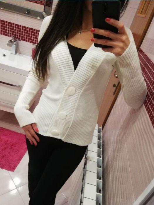 Sweter sweterek kardigan 36 S ecru Siemiatycze - image 1