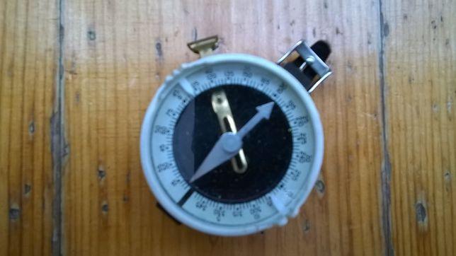 Stary wojskowy kompas