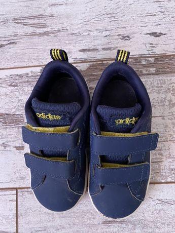 Кроссовки мальчик adidas