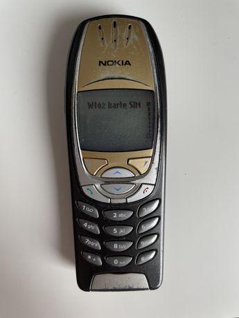 Nokia 6310i z ładowarką