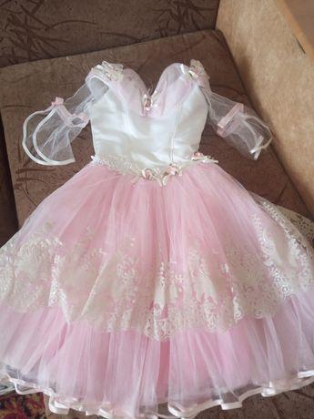 Плаття дитяче святкове