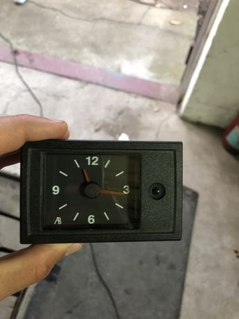 Продам часы  от ВАЗ 2111