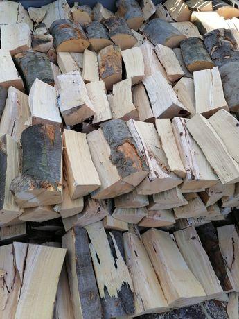 Drewno do kominka pieca buk dąb jesion twarde
