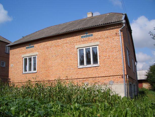 Будинок у місті Бібрка. 25 км від Львова