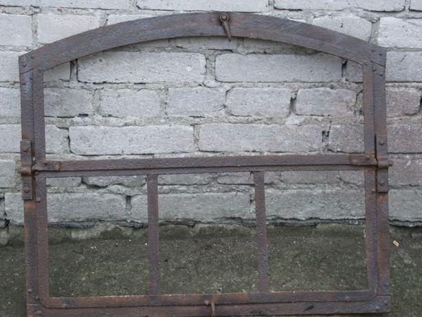 Stare okno łukowe - staliwo