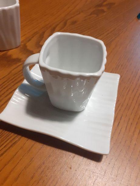 5 chávenas e pratos de café