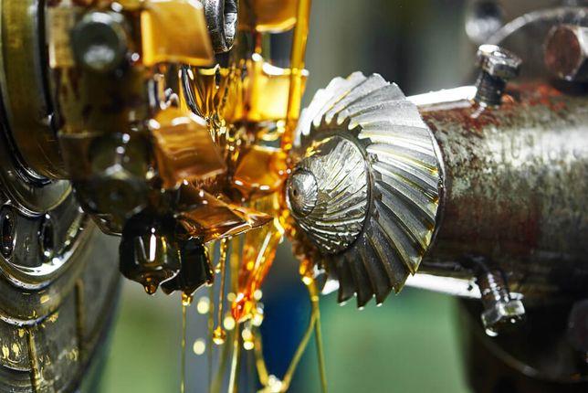Óleo de corte solúvel, inteiro e lubrificação em geral